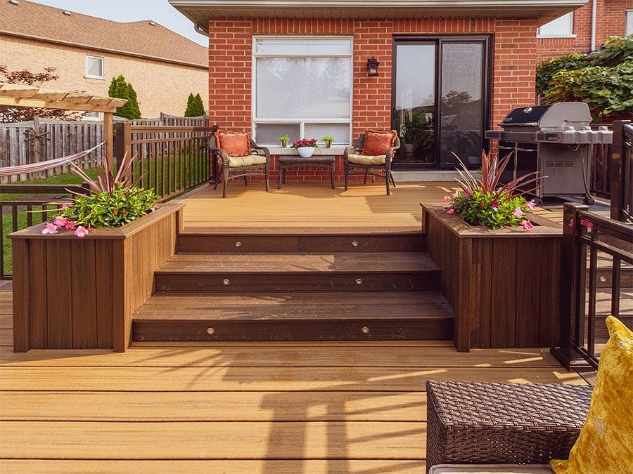 custom deck toronto